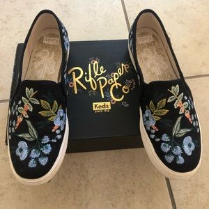 Sp.Edition Platform Keds with Flower Embroidery